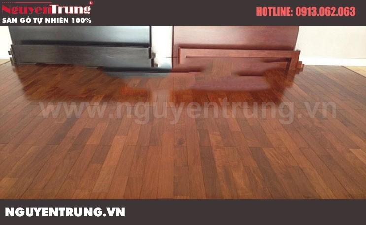 Sàn gỗ căm xe 18*120*900