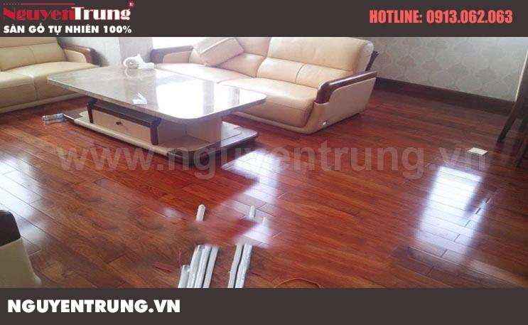 Sàn gỗ giáng hương 18 x 120 x 900