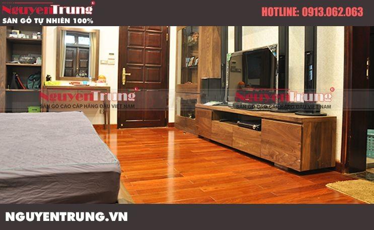 Thi công sàn gỗ Giáng Hương tại Ciputra Hà Nội