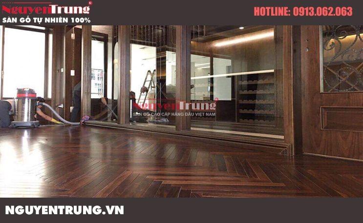 Công trình sàn gỗ Chiu Liu lát kiểu xương cá