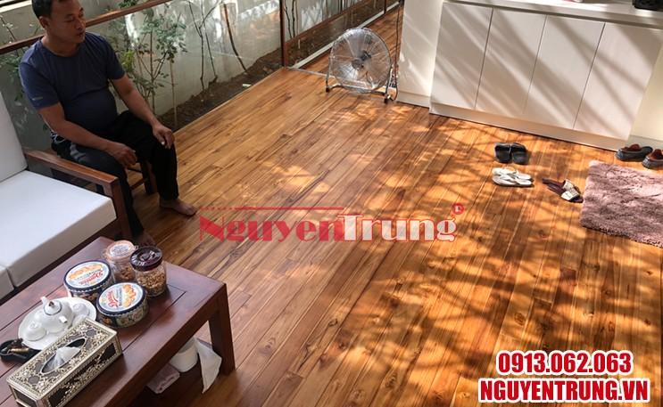 Sàn gỗ tự nhiên ngoài trời 01